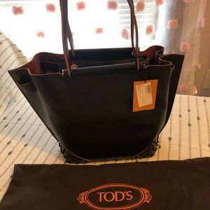 NWT Tod's Gommino Bag Black Leather Straps Belts
